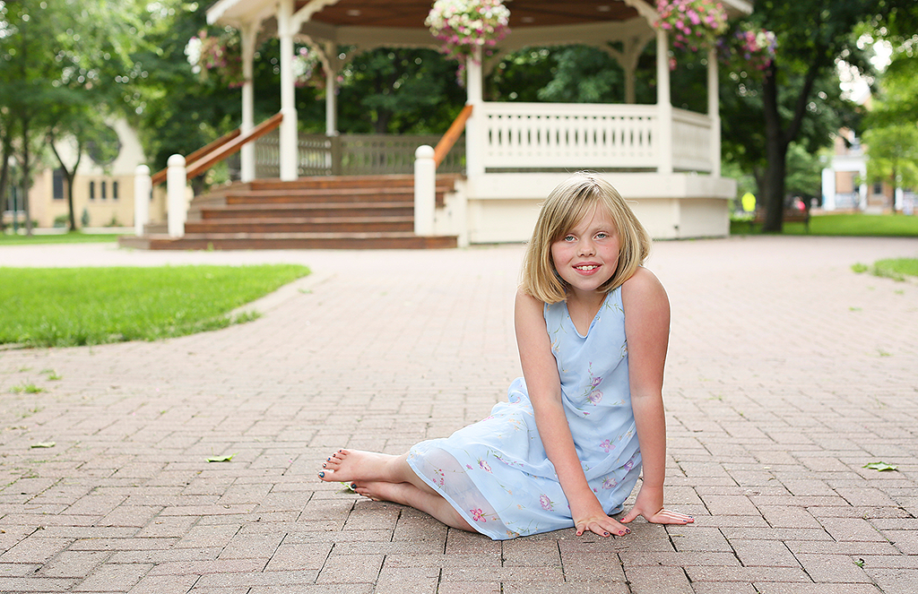 child outdoor portrait by pixelations photography